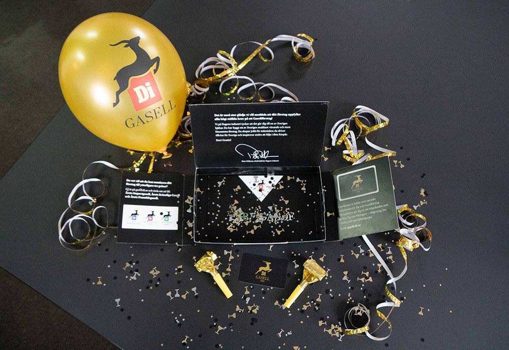 DI-gasell-balloons-and-award